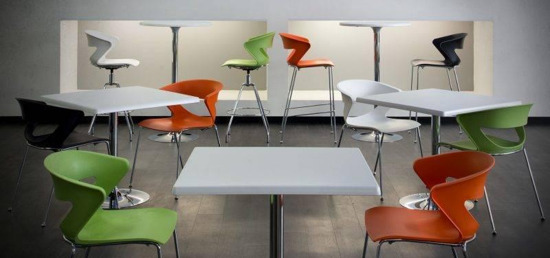 mesa criss cromada tapa de 60 x 60 cms color a elegir 2